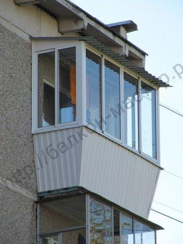 Заказать остекление балкона в хрущевке.